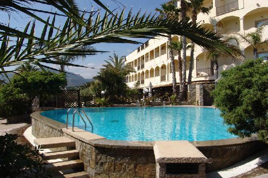 Hotel Stella Maris: Secluded Pool area