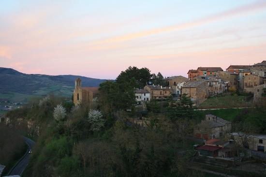 Proceno, Italia: Evening Light