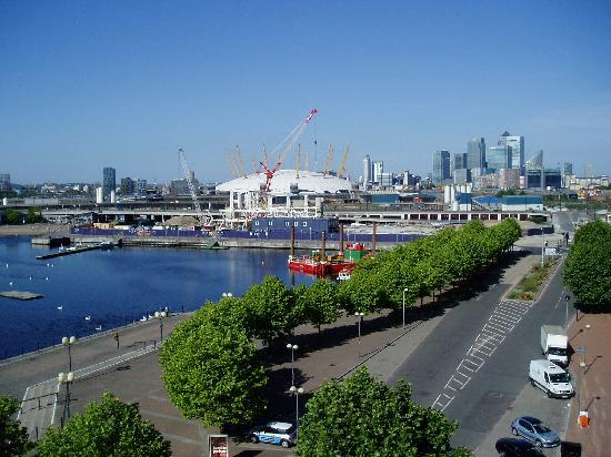 Crowne Plaza London - Docklands: View from room 2