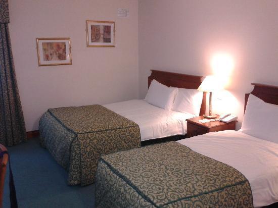 Kilmurry Lodge Hotel: Bedroom
