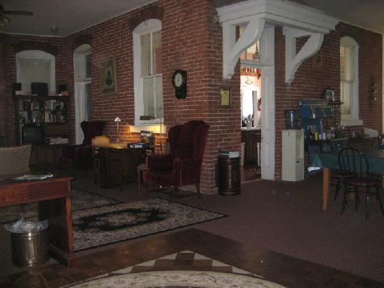 Birk's Gasthaus: Front Lobby