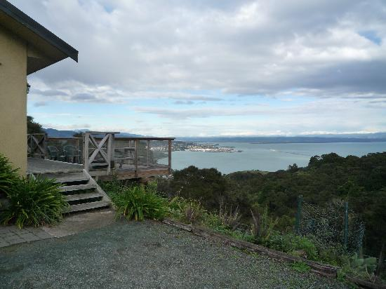 Harris Hill Cottages : the decking and the view