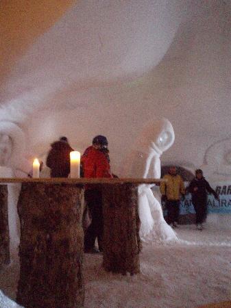 El Tarter, Andorra: Ice hotel bar