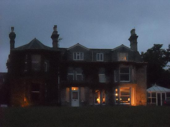 Tredethy House: by night