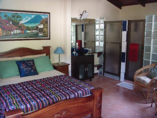 Coyaba Tropical Bed and Breakfast - Adults Only: Our semi-Deluxe room