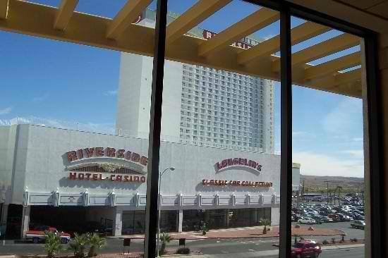 Casino at Don Laughlin's Riverside Resort: laughlin's classical car collection