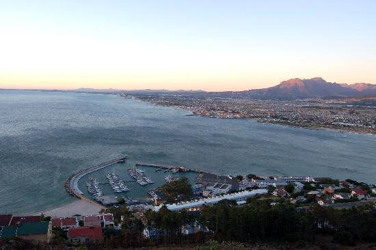 Views of Gordon's Bay Harbour