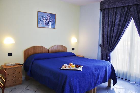 Hotel Leone : Camera Matrimoniale