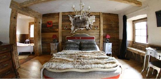 La Ferme du Lac Vert: Luxury bedrooms & bathrooms