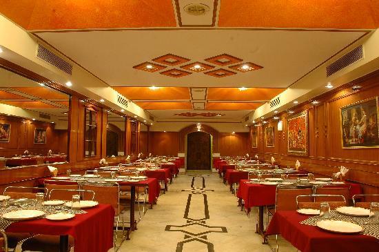 Hotel Kohinoor: restraunt