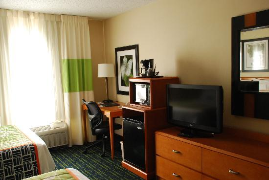 Fairfield Inn & Suites Roswell: 3