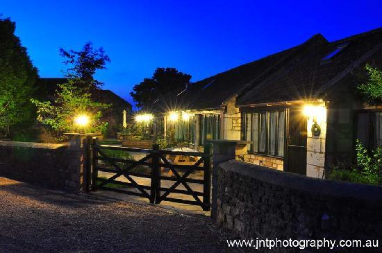 Church Farm Country Cottages at night
