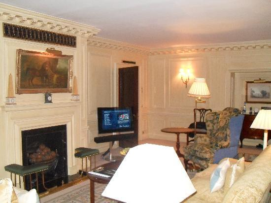 The Dorchester: rest of the suite