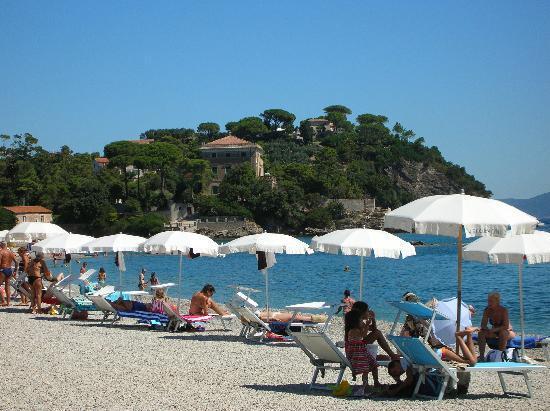 Каво, Италия: Spiaggia di Cavo e promontorio