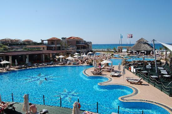 Atlantica Caldera Palace : Adult only pools