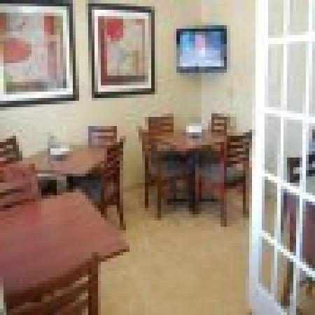 Motel 6 Elk Grove Village: Breakfast Room