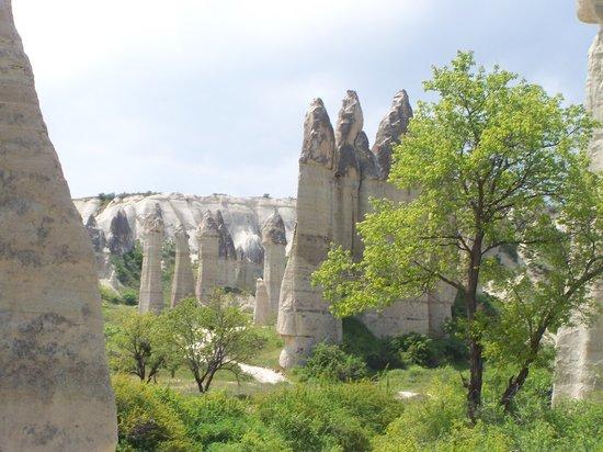Zemi-Tal: fairy chimneys in love valley
