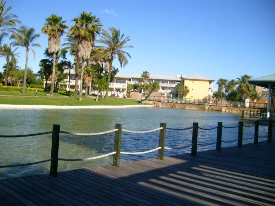 PortAventura Hotel Caribe : Lake