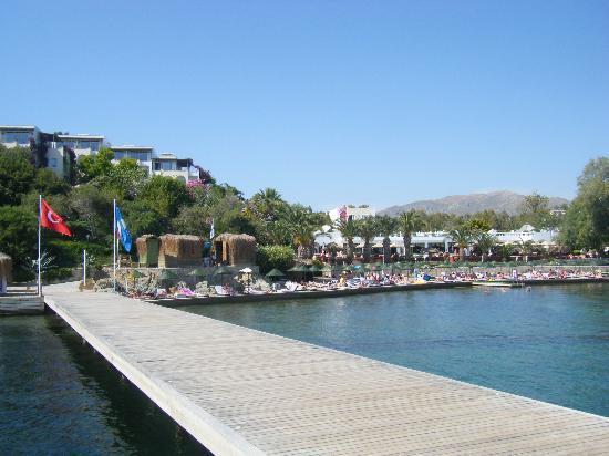 Kadikale Resort: View from the jetty