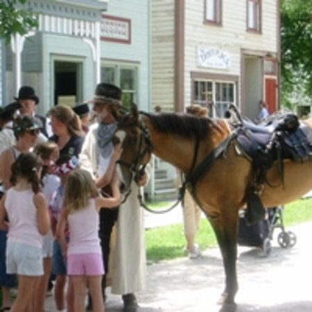 Ushers Ferry Historic Village: Wild West Weekend at Ushers Ferry