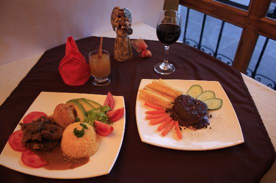 Portal de Benalcazar: Great Ecuadorian food