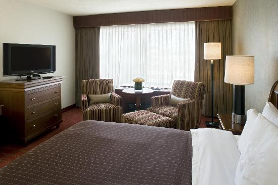 Sheraton Reston Hotel: Guest Room