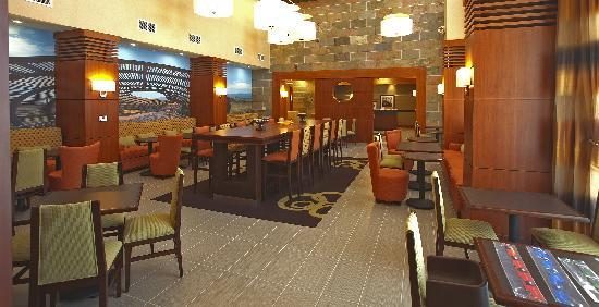 Hampton Inn & Suites Riverside/Corona East: Great Room
