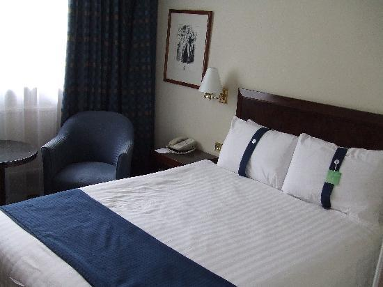 Holiday Inn - Coventry M6, Junction 2: Bedroom