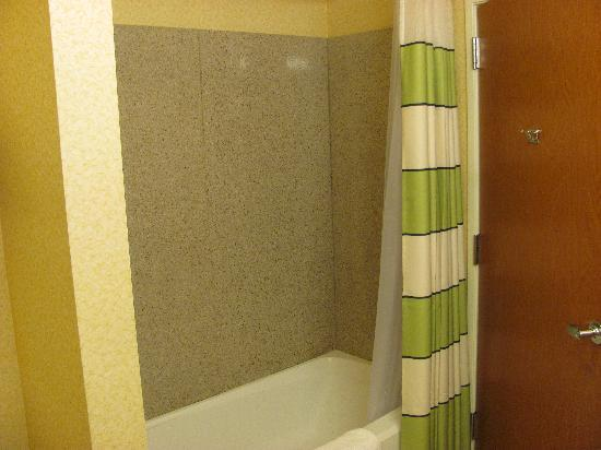 Fairfield Inn & Suites Sierra Vista : tub/shower