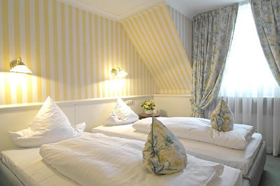 Acanthus Hotel Munchen