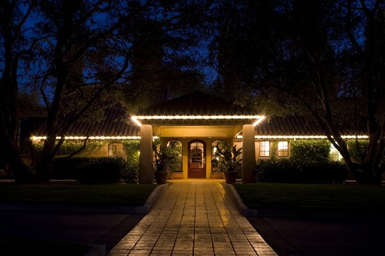 Vintners Inn : Lobby At Night