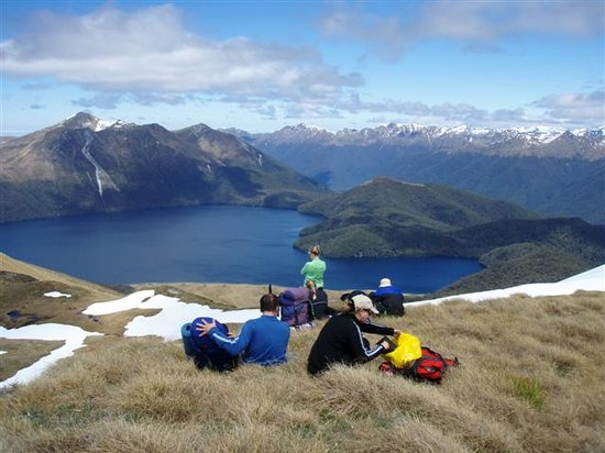 Hiking New Zealand: Green Lake, Fiordland National Park