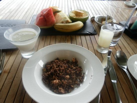 Boucan by Hotel Chocolat: Breakfast with fresh local fruit and home made yoghurt and smoothie