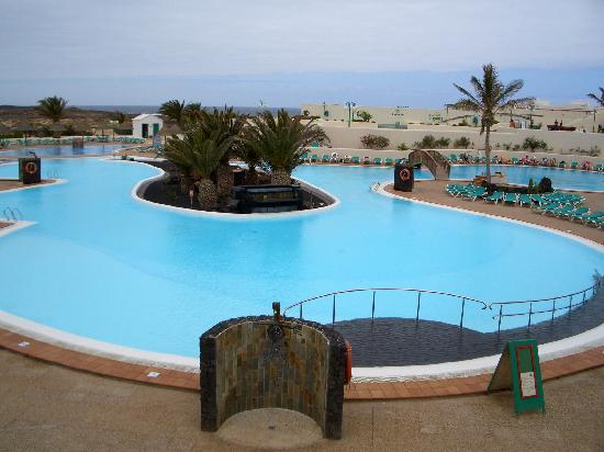 Tinajo, Spain: chilled pool
