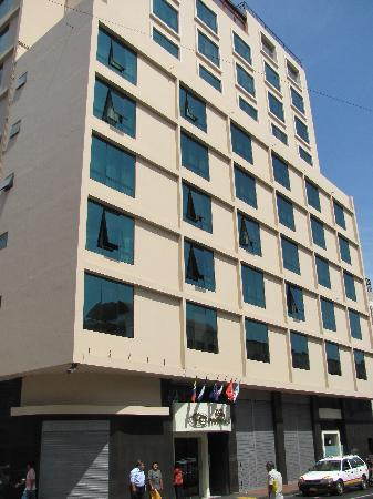 Hotel Continental Lima : hotel building