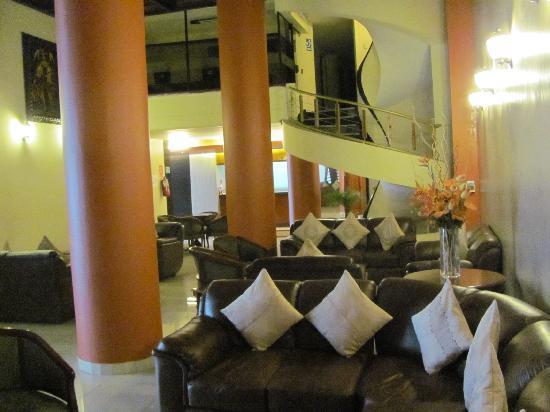 Hotel Continental Lima : lobby lounge