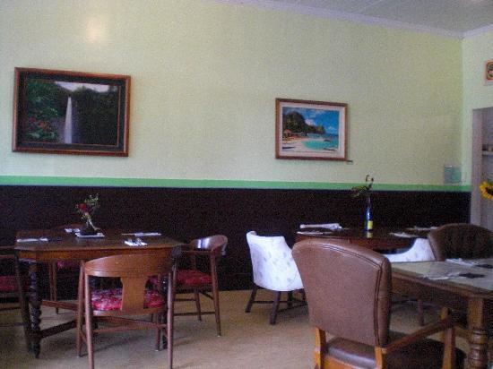 Zest Kitchen : interior dining room