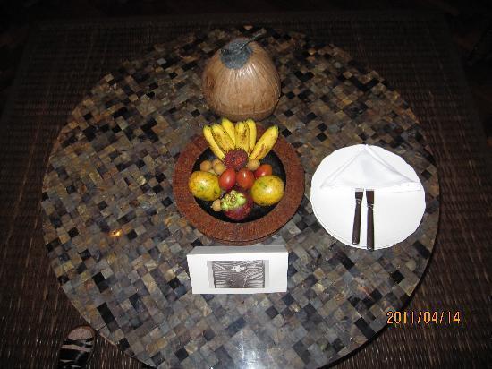 The Legian Bali : フルーツは毎日新しいものが・・・