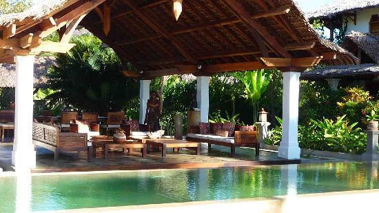 Amporaha Resort: Pool House