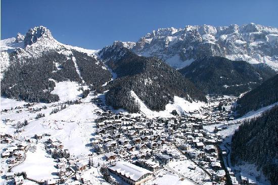 Residence Carin: Selva di Val Gardena in inverno