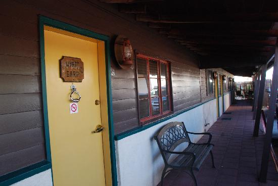 Larian Motel: 9