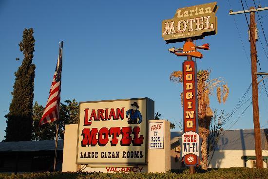 Larian Motel: 3