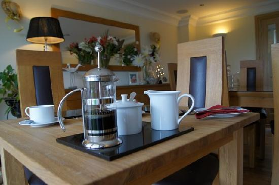 Stoke Gabriel Lodgings: Breakfast Room