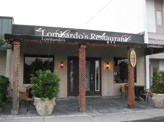 Lombardo's Italian Restaurant: FRONT VIEW OF LOMBARDO'S RESTAURANT