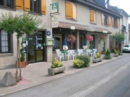 Lubersac, Prancis: Une vue du restaurant