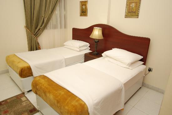 Ivory Hotel Apartments, Abu Dhabi: Bedroom - Twin bed setup