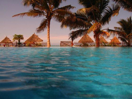Villa Dida: Dalla piscina alla spiaggia