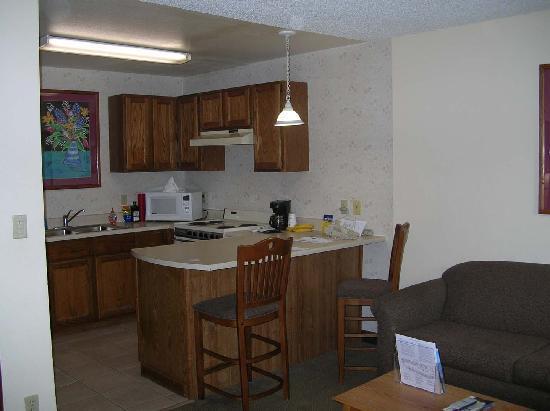 Best Western Lamplighter Inn & Suites at SDSU : chambre
