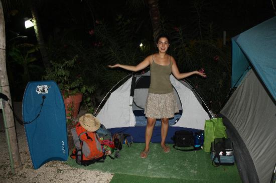 Casa Maya Holbox: Zona de campin con tapetes pa la tienda