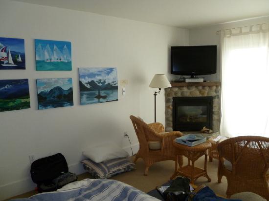 Waterfront Inn: Regatta Room interior